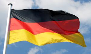 Deutschland-Flagge im Wind
