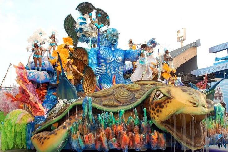 Karnevalswagen in Santa Cruz